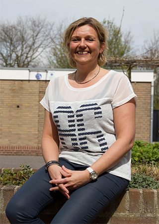 Mariella Oosthoek